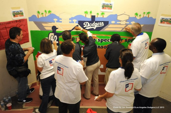 LOS ANGELES DODGERS CARAVAN AT BELMONT HIGH SCHOOL