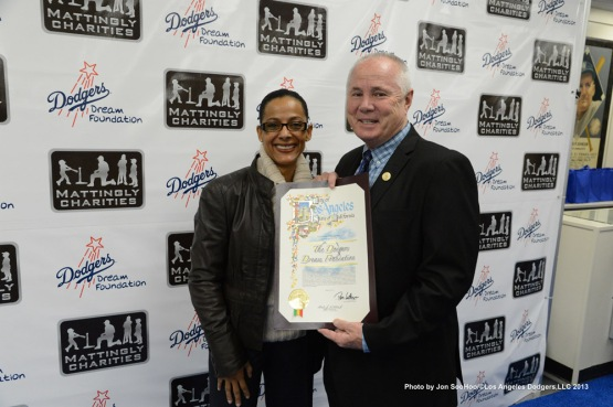 A Night of Entertainment with Dodgers Manager Don Mattingly hosted by George Lopez