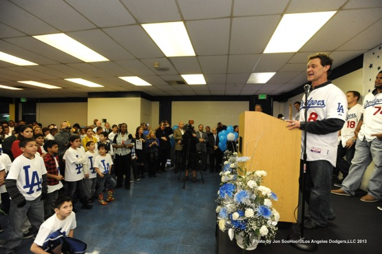 DODGERS CARAVAN AT TOBINWORLD
