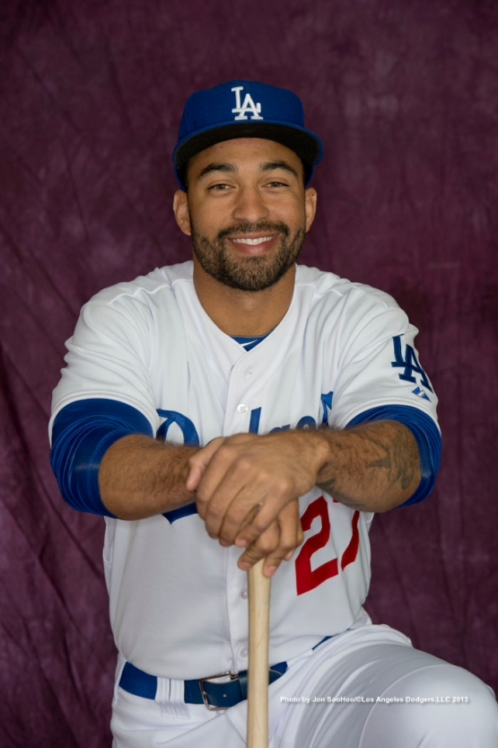 LOS ANGELES DODGERS HEAD SHOT DAY