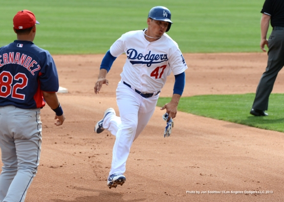 CLEVELAND INDIANS VS LOS ANGELES DODGERS