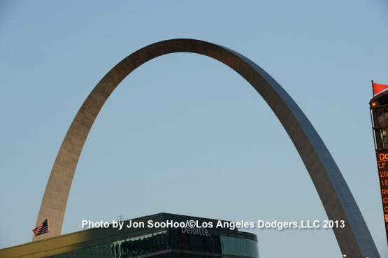 LOS ANGELES DODGERS AT ST. LOUIS CARDINALS