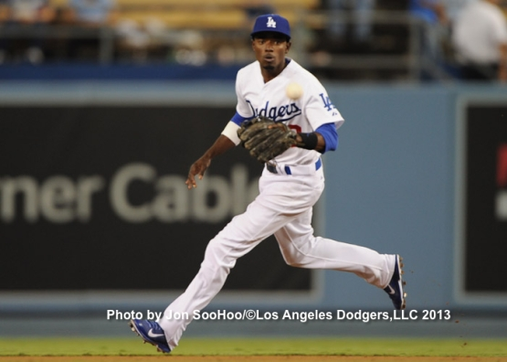 SAN FRANCISCO GIANTS  AT LOS ANGELES DODGERS