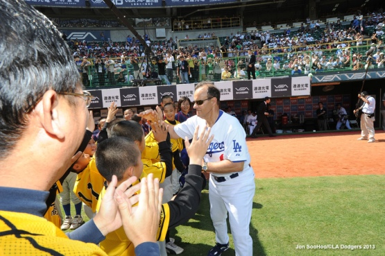 LOS ANGELES DODGERS VS CPBL ALL STARS
