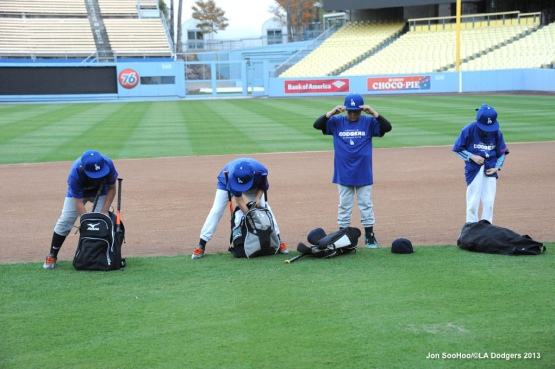 DODGERS YASIEL PUIG CLINIC FOR NORTHEAST LITTLE LEAGUE