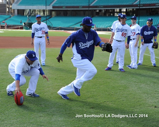 Los Angeles Dodgers Workout at Sydney Crickett Ground