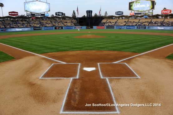 LOS ANGELES ANGELS OF ANAHEIM VS LOS ANGELES DODGERS