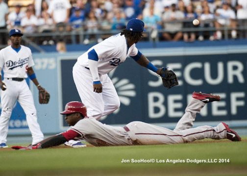 ARIZONA DIAMONDBACKS AT LOS ANGELES DODGERS