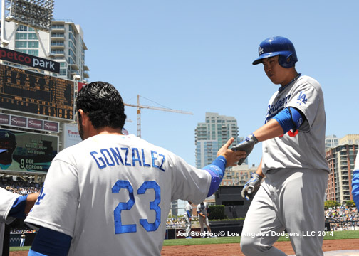 LOS ANGELES DODGERS AT SAN DIEGO PADRES