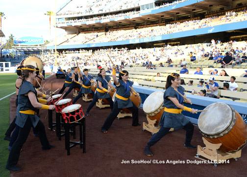 ATLANTA BRAVES VS LOS ANGELES DODGERS