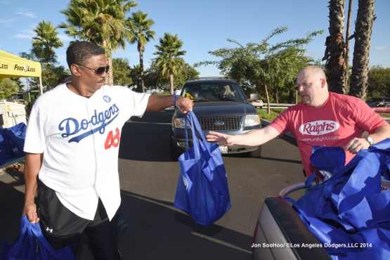 Los Angeles Dodgers 10th Annual Turkey Giveaway
