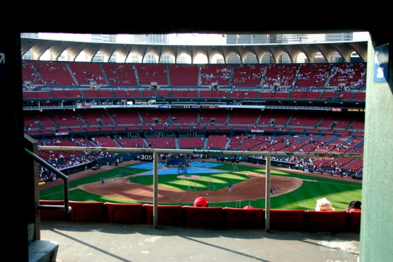 Los Angeles Dodgers  St. Louis Cardinals Tuesday, May 10, 2005 at Busch Stadium in St. Louis, Missouri. The Dodgers beat the Cardinals 9-8. © Jon SooHoo
