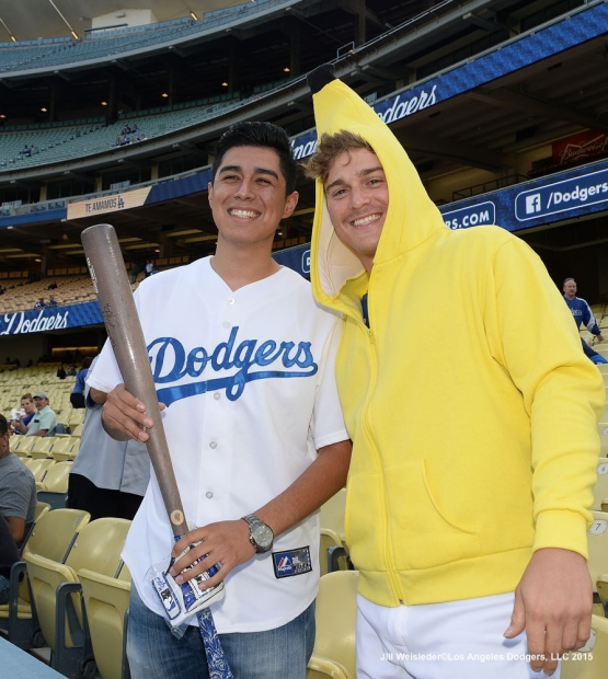 Dodger Enrique Hernandez poses with a fan in his rally banana suit. Jill Weisleder/LA Dodgers