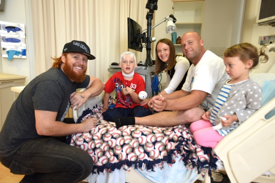 Justin Turner Visits Cedars Sinal Medical Center Thursday, June 18, 2015  in Los Angeles,California. Photo by Jon SooHoo/ © Los Angeles Dodgers,LLC 2015