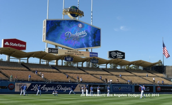 The Dodgers warm up in the outfield during batting practice. Jill Weisleder/LA Dodgers