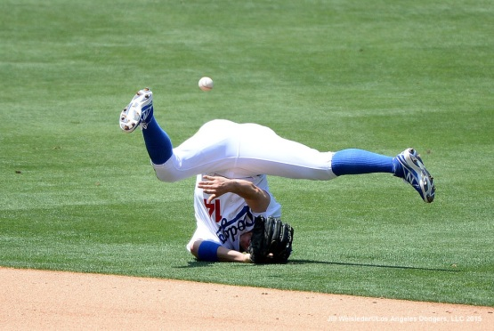 Kike Hernandez makes the throw between his legs. Jill Weisleder/Dodgers