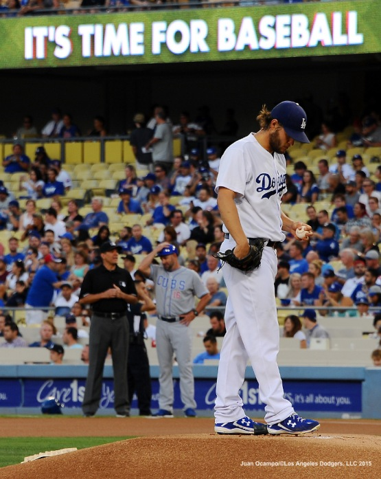 Clayton Kershaw gets set to start the game against the Cubs.
