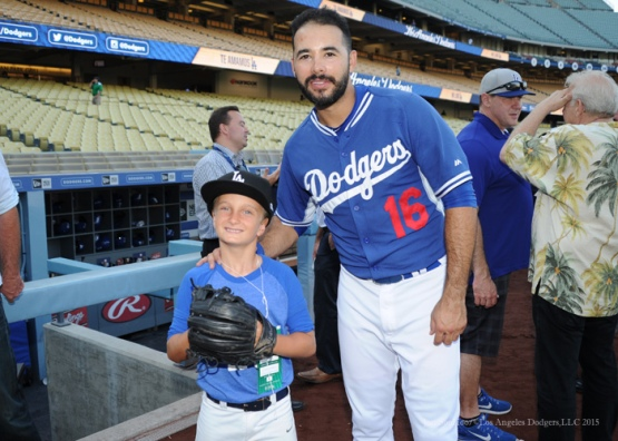 Andre Ethier poses with young fan Tuesday, September 22, 2015 at Dodger Stadium in Los Angeles,California. Photo by Jon SooHoo/© Los Angeles  Dodgers,LLC 2015