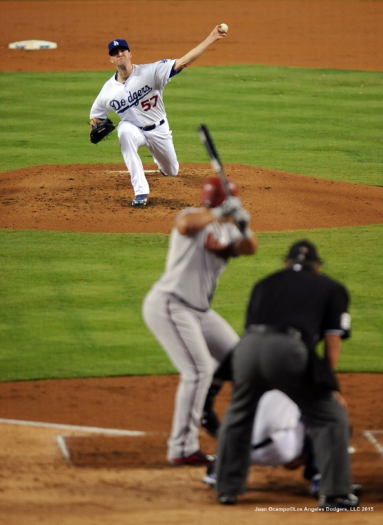 Dodgers pitcher Alex Wood throws from the mound.