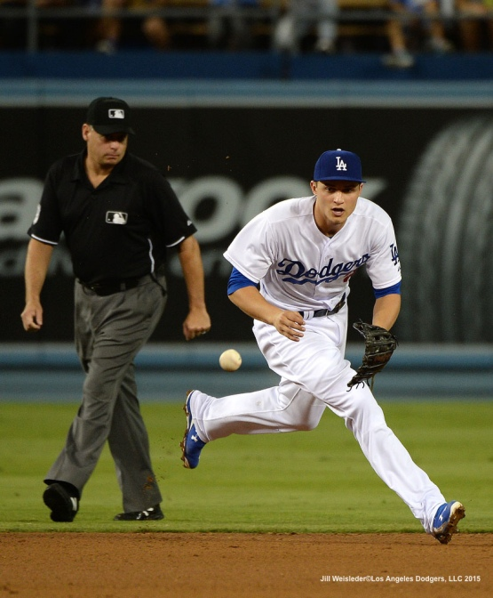 Corey Seager makes keeps his eye on the ball to get the out. Jill Weisleder/LA Dodgers