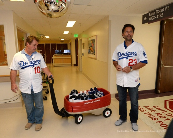 Los Angeles Dodgers Eric Karros and Ron Cey visit patients at Cedars Sinai Medical Center Thursday, November 19, 2015 in Los Angeles,California. Photo by Jon SooHoo/©Los Angeles Dodgers,LLC 2015