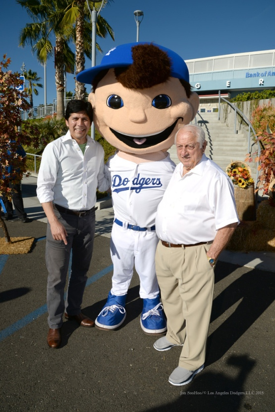 Senator Kevin DeLeon and Tommy Lasorda pose with the Dodgers Bobblehead during the Los Angeles Dodgers Thanksgiving Turkey Giveaway Thursday, November 19, 2015 in Los Angeles,California. Photo by Jon SooHoo/©Los Angeles Dodgers,LLC 2015