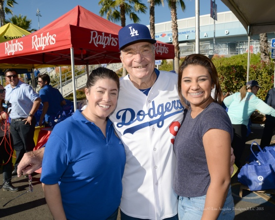 Al Ferrara poses with volunteers during the Los Angeles Dodgers Thanksgiving Turkey Giveaway Thursday, November 19, 2015 in Los Angeles,California. Photo by Jon SooHoo/©Los Angeles Dodgers,LLC 2015