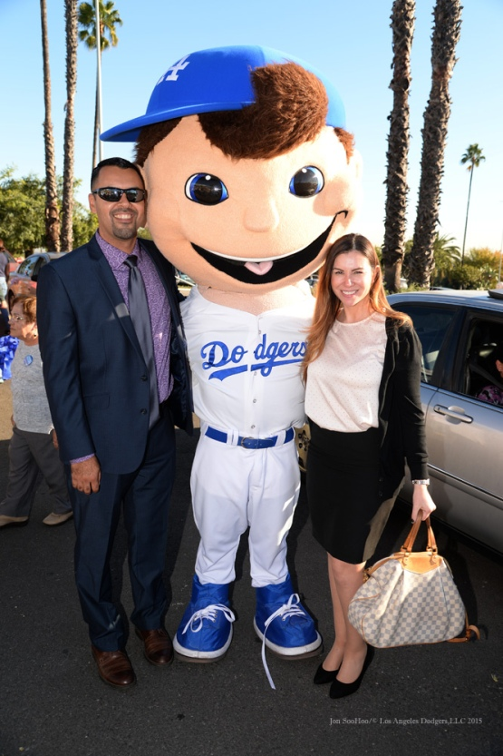 Los Angeles Dodgers Thanksgiving Turkey Giveaway Thursday, November 19, 2015 in Los Angeles,California. Photo by Jon SooHoo/©Los Angeles Dodgers,LLC 2015