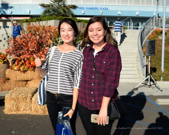 Great Dodger fans during the Los Angeles Dodgers Thanksgiving Turkey Giveaway Thursday, November 19, 2015 in Los Angeles,California. Photo by Jon SooHoo/©Los Angeles Dodgers,LLC 2015