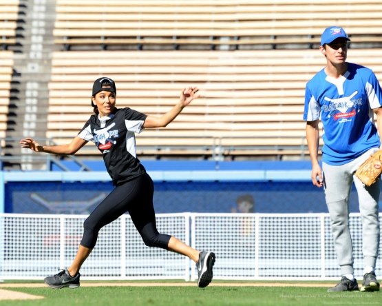 Eva Longoria--Adrian Gonzalez's Bat4Hope Softball Game  Saturday, November 7, 2015 at Dodger Stadium.  Photo by Jon SooHoo/©Los Angeles Dodgers,LLC 2015