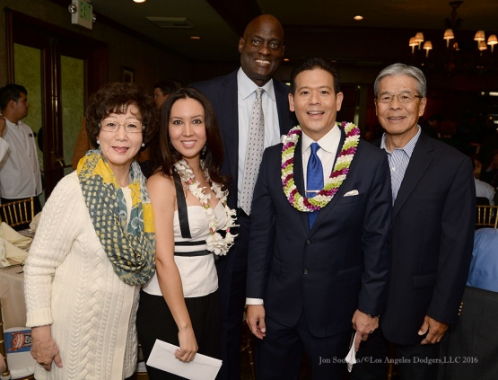 Michael Cooper with Rob Fukuzaki and family--Southern California Sports Broadcasters Luncheon Monday, January 25, 2016 at Lakeside Country Club in Burbank,CA. Photo by Jon SooHoo/ © Los Angeles Dodgers,LLC 2016