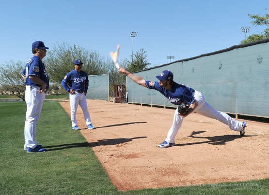 Los Angeles Dodgers Brandon Beachy with Rick Honeycutt and Dave Roberts during pitchers and catchers workout Sunday, February 21, 2016 at Camelback Ranch-Glendale in Phoenix, Arizona. Photo by Jon SooHoo/©Los Angeles Dodgers,LLC 2016