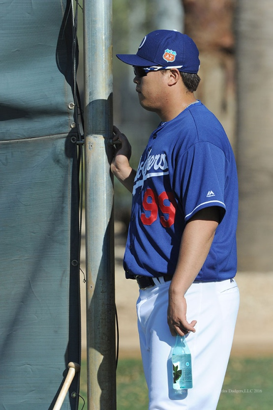 Los Angeles Dodgers Hyun-jin Ryu watches pitchers and catchers workout Monday, February 22, 2016 at Camelback Ranch-Glendale in Phoenix, Arizona. Photo by Jon SooHoo/©Los Angeles Dodgers,LLC 2016