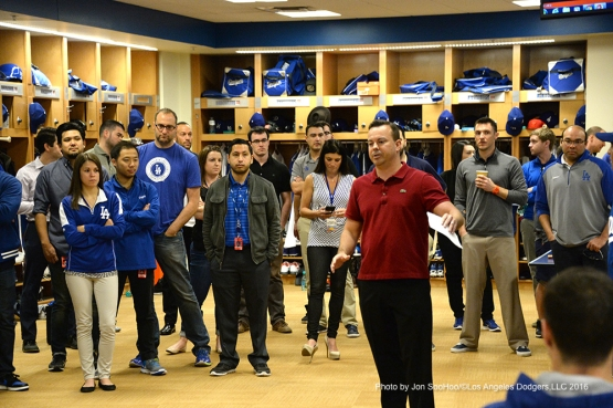 Los Angeles Dodgers Joe Jareck speaks to the team during the team meeting Friday, February 26, 2016 at Camelback Ranch-Glendale in Phoenix, Arizona.
