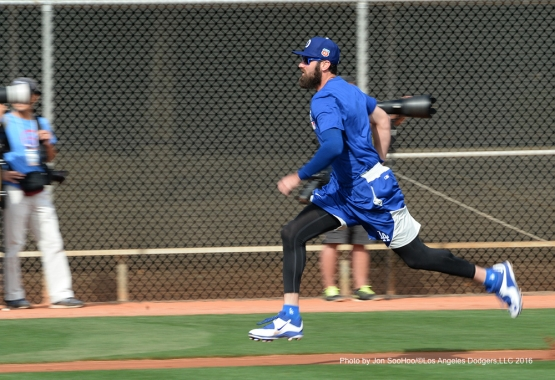 Los Angeles Dodgers Scott Van Slyke during workout Saturday, February 27, 2016 at Camelback Ranch-Glendale in Phoenix, Arizona.