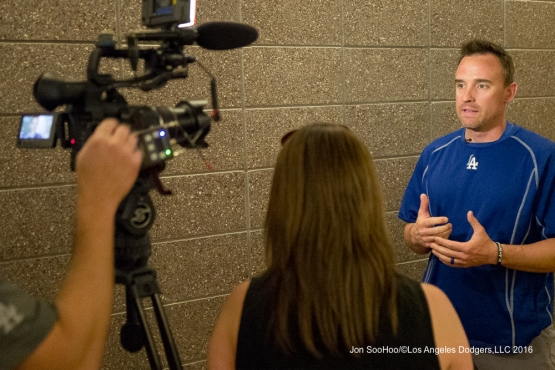 Los Angeles Dodgers Steve Smith talks to Backstage Dodgers during workout Sunday, February 28, 2016 at Camelback Ranch-Glendale in Phoenix, Arizona.