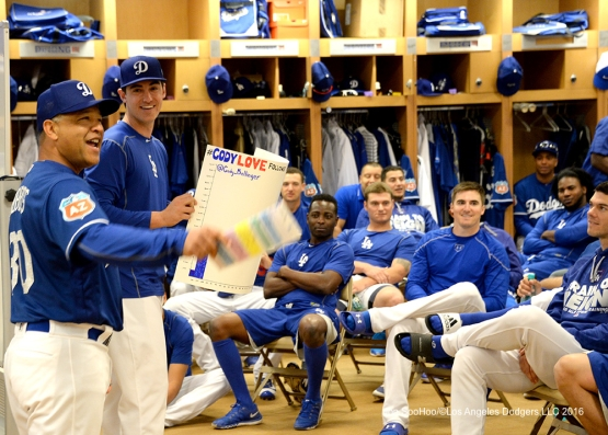 @Cody_Bellinger and Dave Roberts talk to the team prior to workout Sunday, February 28, 2016 at Camelback Ranch-Glendale in Phoenix, Arizona.