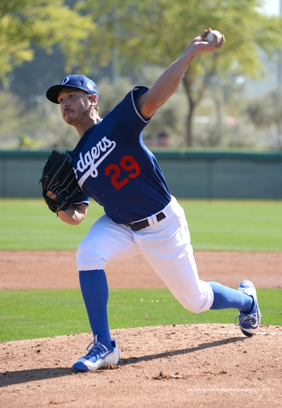 Los Angeles Dodgers Scott Kazmir pitches during workout Sunday, February 28, 2016 at Camelback Ranch-Glendale in Phoenix, Arizona.