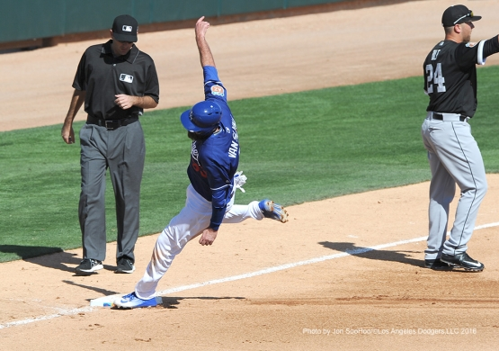 Los Angeles Dodgers Scott Van Slyke scores during game against the Chicago White Sox Thursday, March 3, 2016 at Camelback Ranch-Glendale in Phoenix, Arizona.