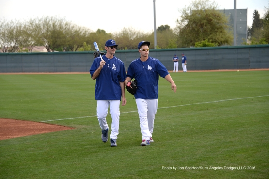 Los Angeles Dodgers Shawn Green and Joc Pederson during workout Saturday, March 5, 2016 at Camelback Ranch-Glendale in Phoenix, Arizona.