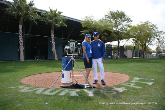Mr and Mrs Maury Wills pose during workout Saturday, March 5, 2016 at Camelback Ranch-Glendale in Phoenix, Arizona.