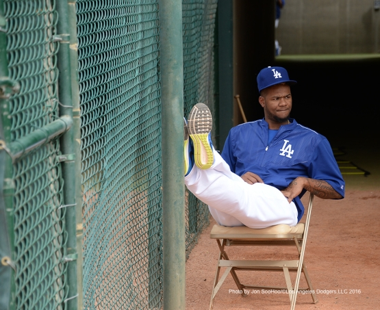 Los Angeles Dodgers Lisalverto relaxes during game against the Arizona Diamondbacks  Saturday, March 5, 2016 at Camelback Ranch-Glendale in Phoenix, Arizona.