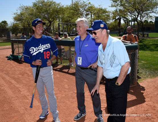 Los Angeles Dodgers Kenta Maeda, Mark Walter and Stan Kasten during workout Saturday, March 19,2016 at Camelback Ranch-Glendale in Phoenix, Arizona.
