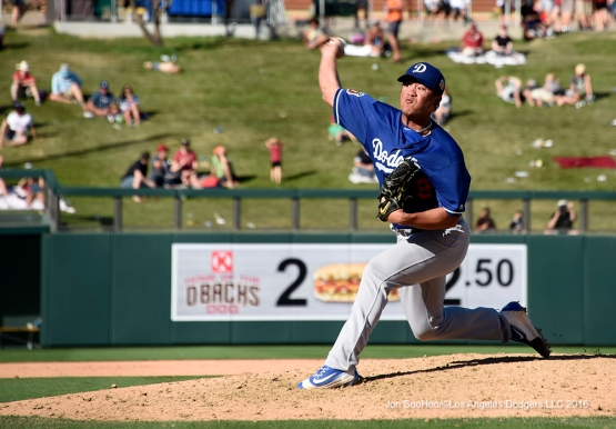 Los Angeles Dodgers Chin-hui Tsao pitches during game against the Arizona Diamondback Friday, March 18,2016 at Salt River Fields at Talking Stick