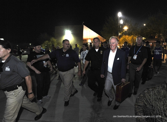 Los Angeles Dodgers Vin Scully walks out of Camelback Ranch after  game against the San Francisco Giants Friday, March 25, 2016 at Camelback Ranch-Glendale in Phoenix, Arizona