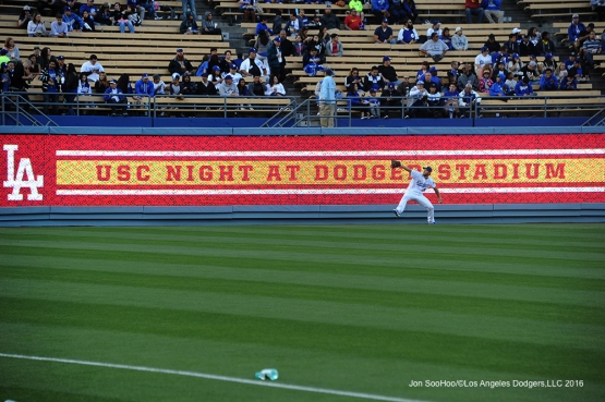 Clayton Kershaw warms up on USC Night prior to game against Miami Marlins Tuesday, April 26, 2016 at Dodger Stadium.