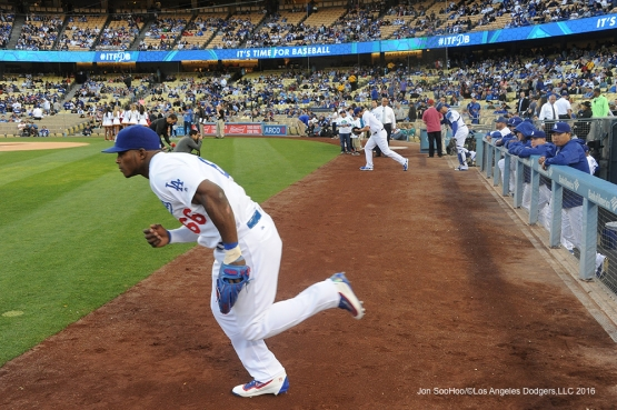 Los Angeles Dodgers take the field prior to game against Miami Marlins Tuesday, April 26, 2016 at Dodger Stadium.