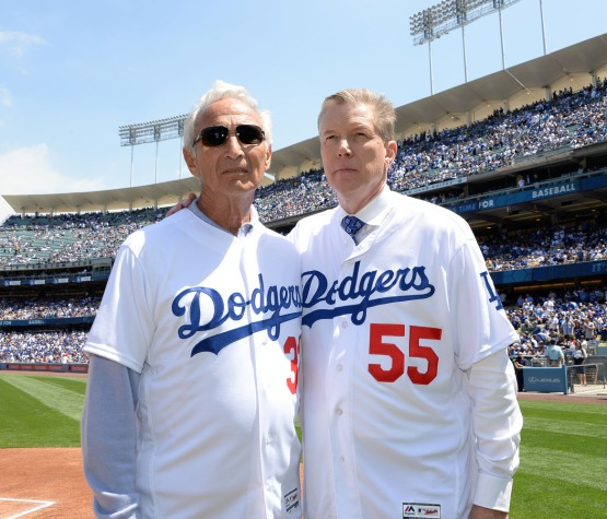 Sandy Koufax and Orel Hershiser pose for a photo. Jill Weisleder/LA Dodgers