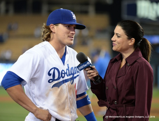 Dodger SportsNet LA Broadcaster Alanna Rizzo interviews Kike Hernandez after the game. Jill Weisleder/Dodgers