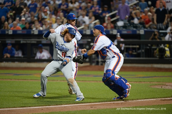 Los Angeles Dodgers Justin Turner is out in a run down during game against the New York Mets Saturday, May 28, 2016 at Citi Field in Flushing,New York.